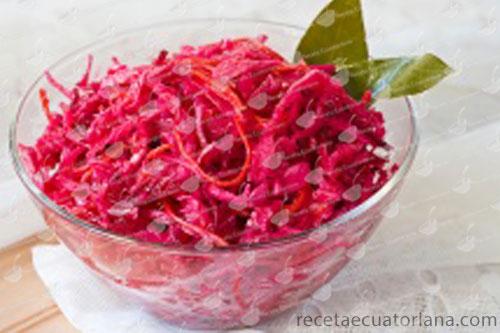 ensalada-col-morada