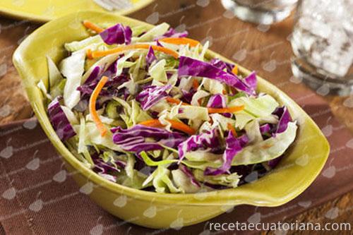 ensalada-de-col-morada,-col-y-zanahoroia